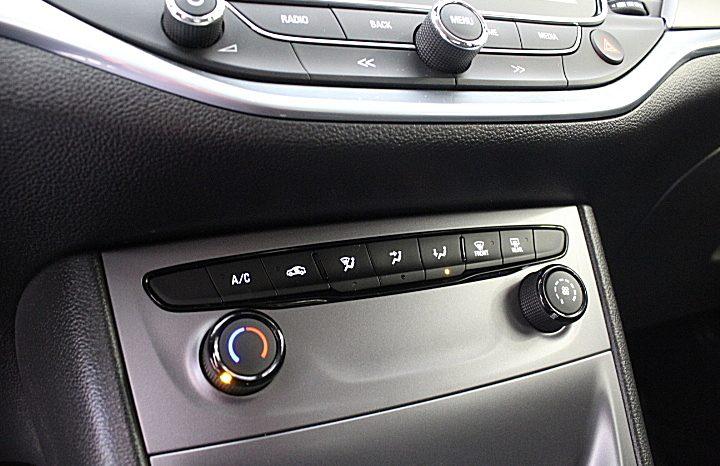 Opel Astra Sports Tourer CDTI Innovation GPS R9000 cheio